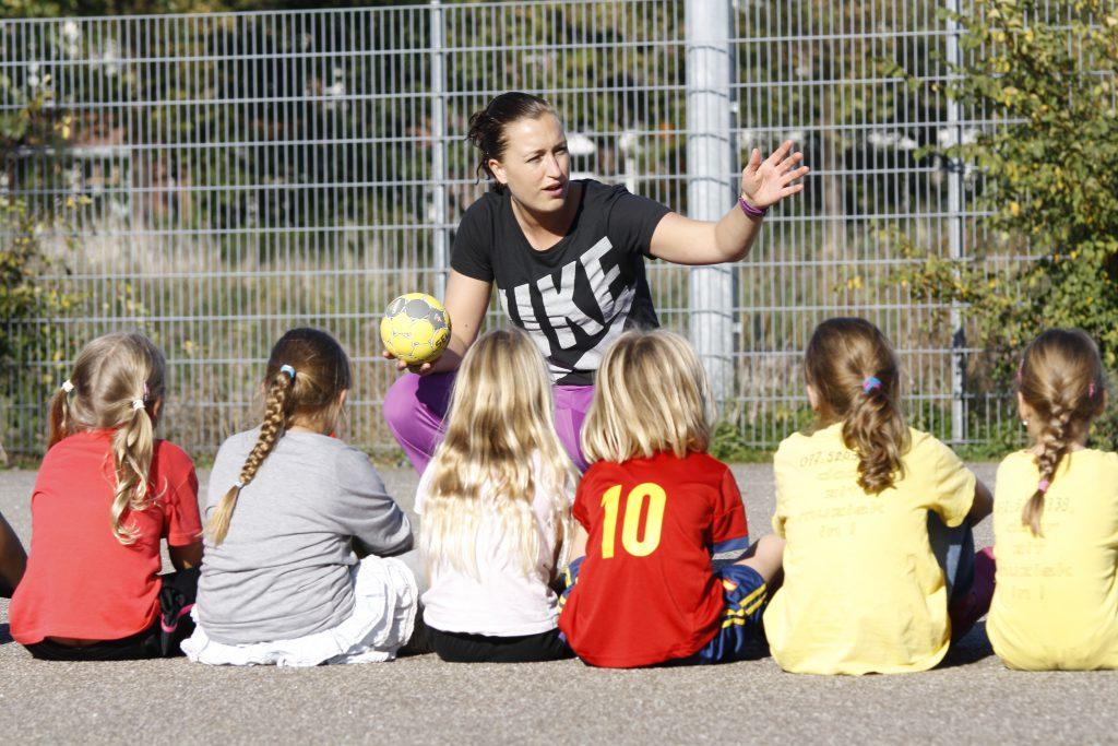 Sporttrainer in actie