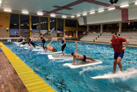 FloatFit in zwembad Hoornse Vaart